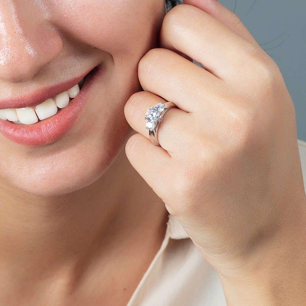 Starlight Diamond Pırlanta Montür 925 Ayar Gümüş Bayan Tria Yüzük