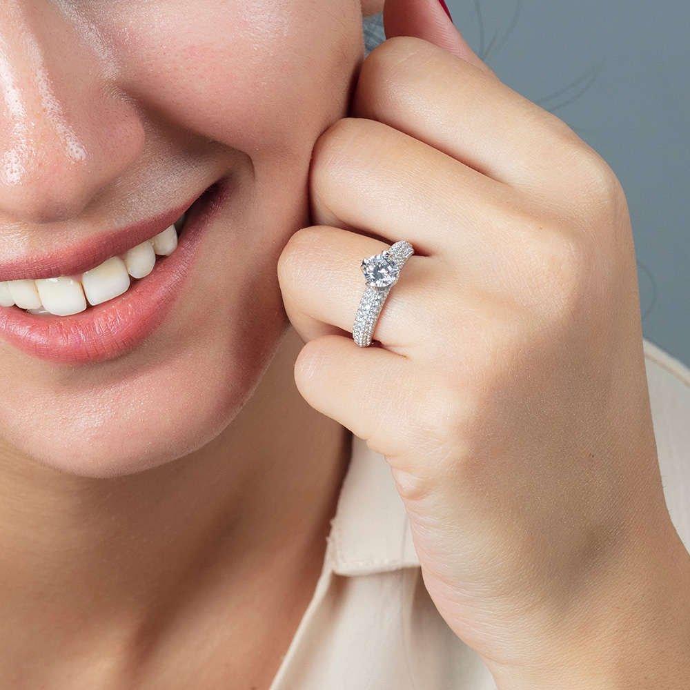 Starlight Diamond Pırlanta Montür Aşk Temalı 925 Ayar Gümüş Bayan Tektaş Yüzük