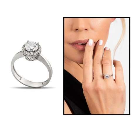 Starlight Diamond Pırlanta Montür Kalp Tasarım 925 Ayar Gümüş Kadın Tektaş Yüzük - Thumbnail