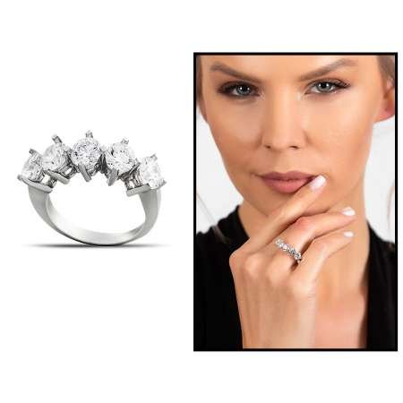 Starlight Diamond Pırlanta Montür Klasik Tasarım 925 Ayar Gümüş Kadın Beştaş Yüzük - Thumbnail