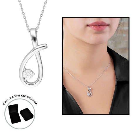 Starlight Diamond Tektaş Zarif Tasarım 925 Ayar Gümüş Bayan Kolye - Thumbnail
