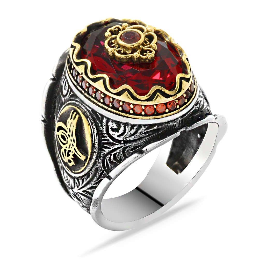 Tuğra Figürlü Faset Kesim Kırmızı Zirkon Taşlı 925 Ayar Gümüş Erkek Yüzük