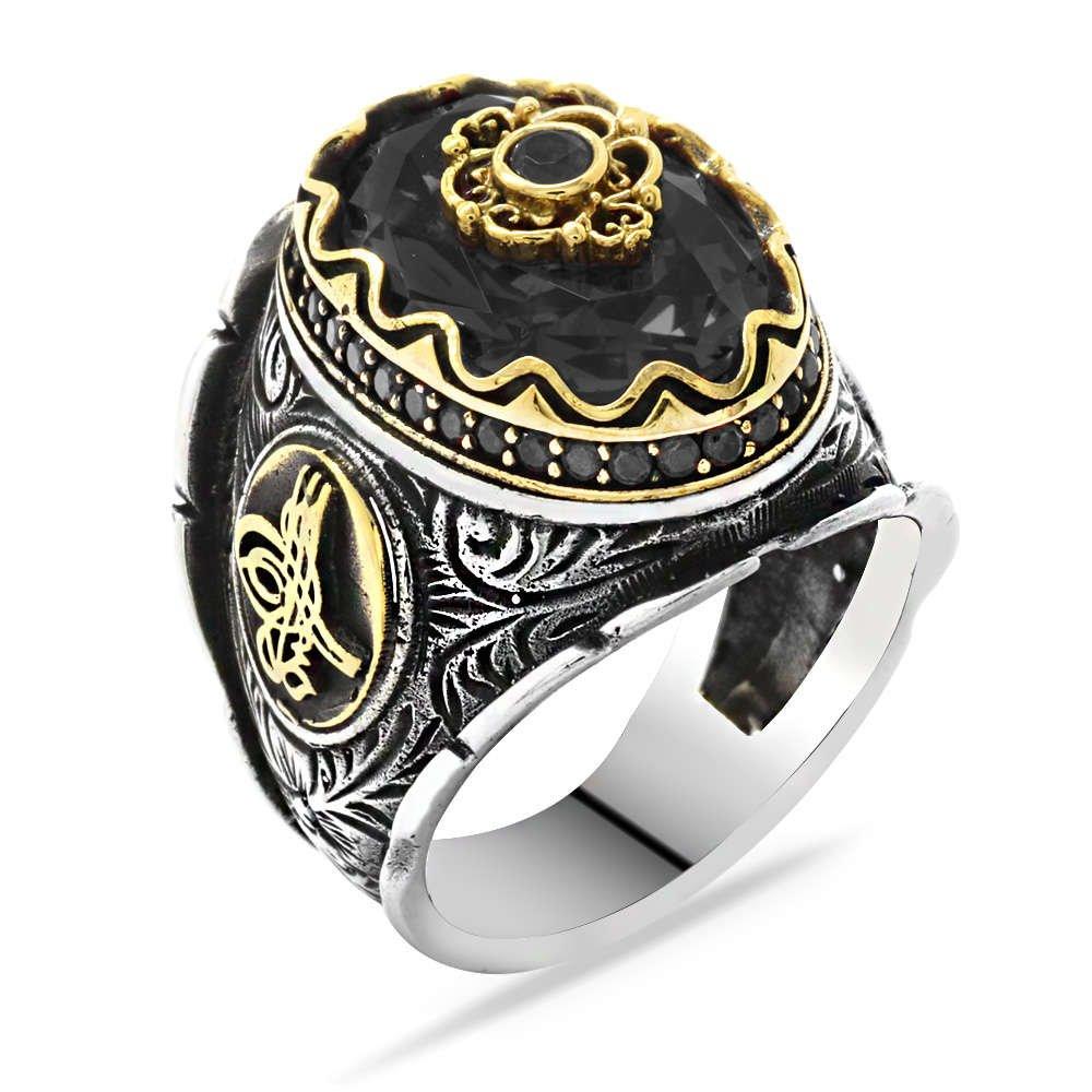 Tuğra Figürlü Faset Kesim Siyah Zirkon Taşlı 925 Ayar Gümüş Erkek Yüzük
