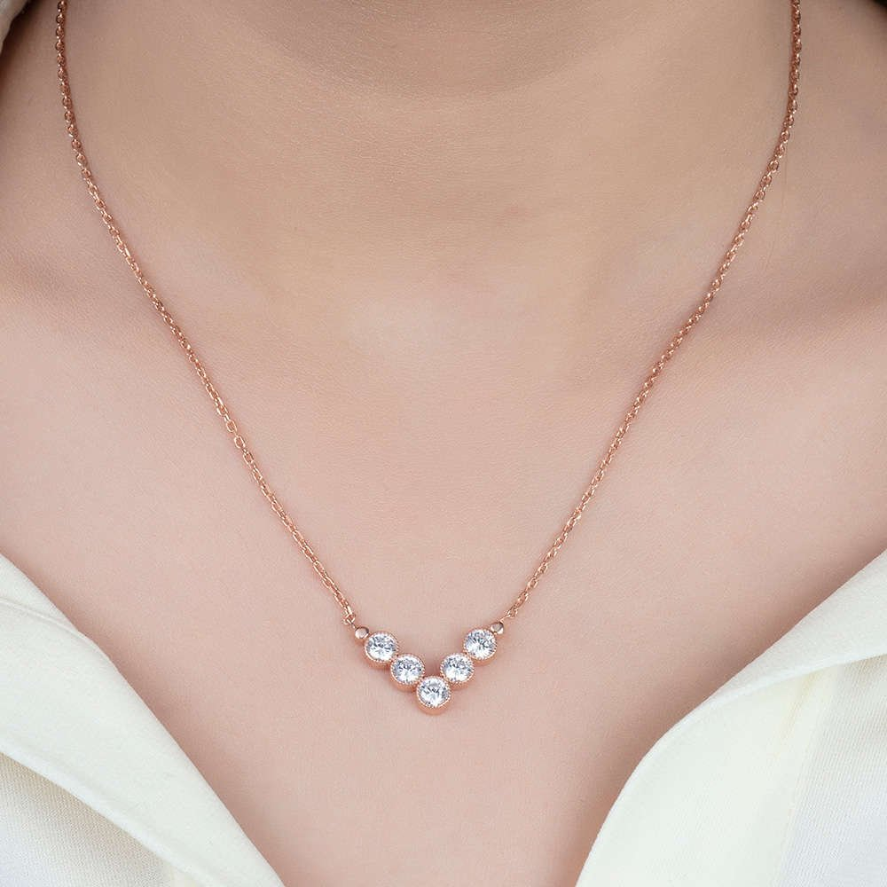 V Tasarım Zirkon Taşlı Roz Renk 925 Ayar Gümüş Bayan Kolye