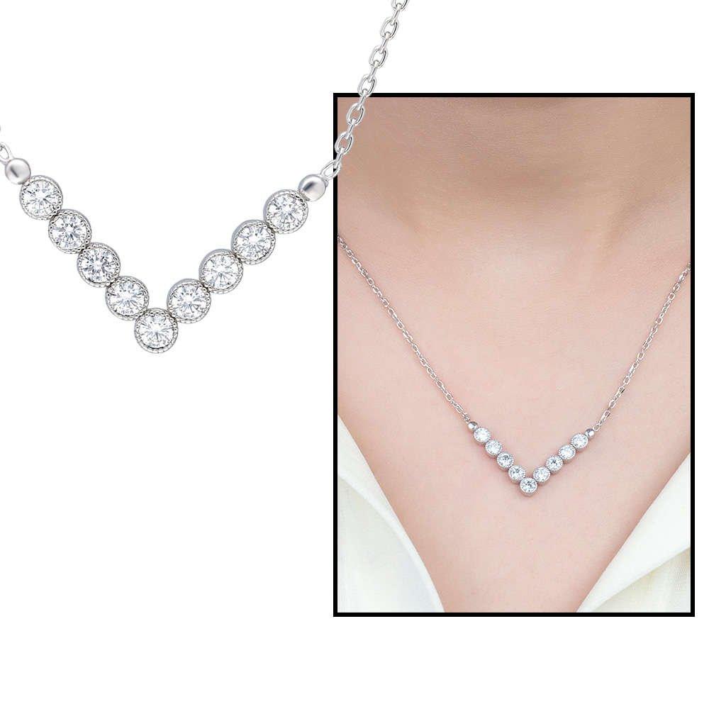V Tasarım Zirkon Taşlı Silver Renk 925 Ayar Gümüş Bayan Kolye
