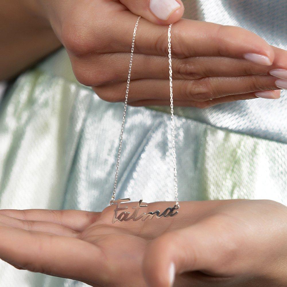 Yatay Tasarım Kişiye Özel İsim Yazılı 925 Ayar Gümüş Bayan Kolye