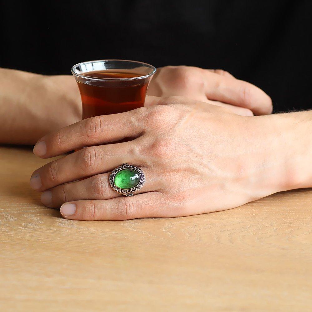 Yeşil Ateş Kehribar Taşlı Oval Tasarım 925 Ayar Gümüş Erkek Yüzük