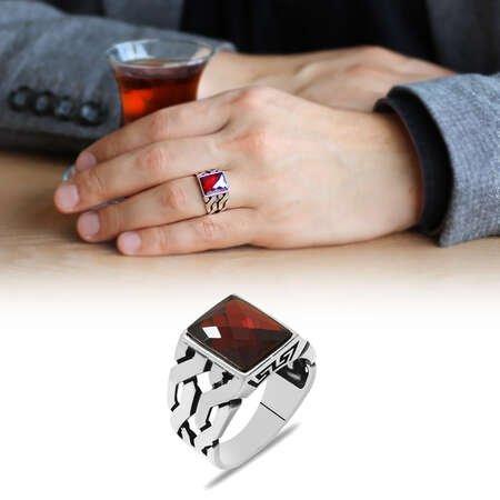 Zincir Tasarım Faset Kırmızı Zirkon Taşlı 925 Ayar Gümüş Erkek Yüzük - Thumbnail