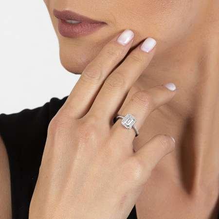 Zirkon Taş Detaylı 925 Ayar Gümüş Kadın Baget Tektaş Yüzük - Thumbnail