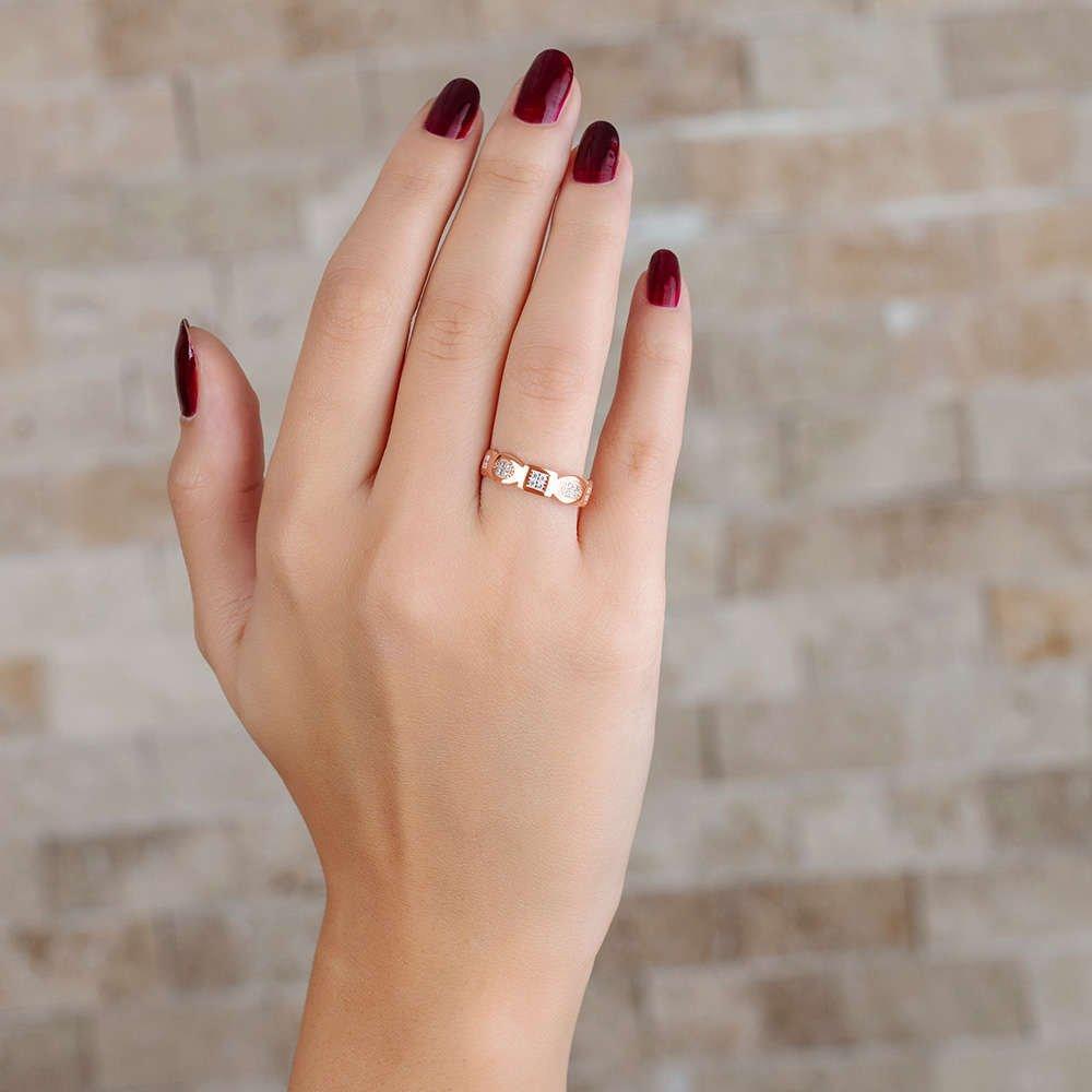 Zirkon Taşlı Geometrik Tasarım Rose Renk 925 Ayar Gümüş Bayan Yüzük
