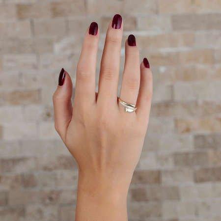 Zirkon Taşlı Helezon Tasarım Gold Renk 925 Ayar Gümüş Bayan Yüzük - Thumbnail