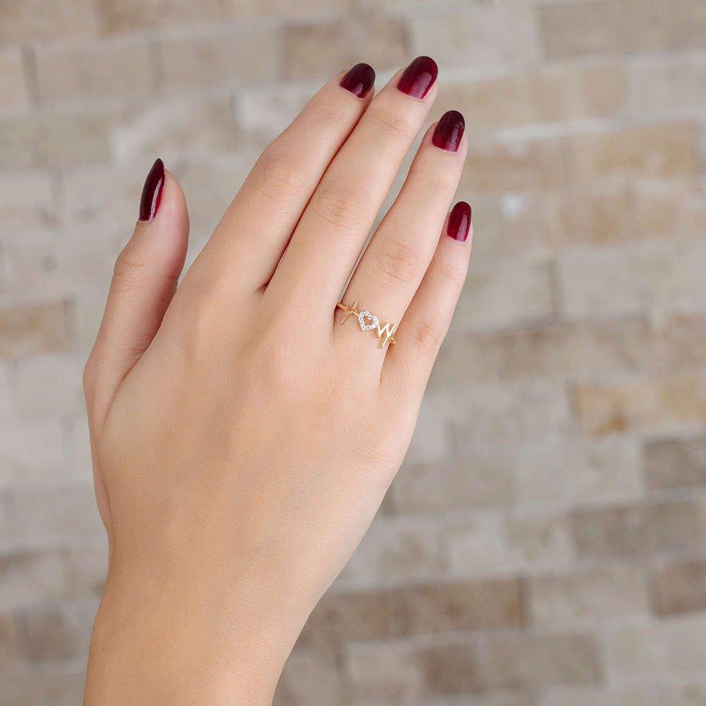 Zirkon Taşlı Kalp-Ritim Tasarım Gold Renk 925 Ayar Gümüş Bayan Yüzük