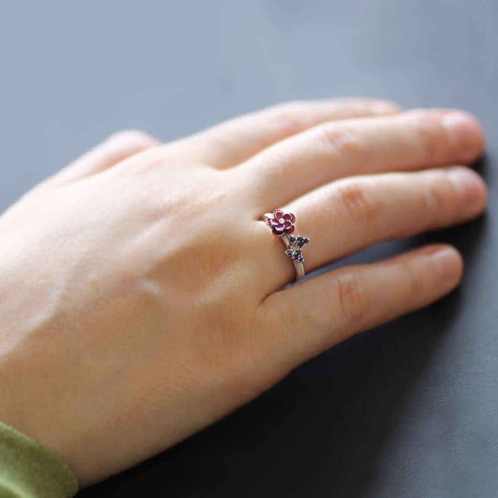 Zirkon Taşlı Kırmızı Mineli Kır Çiçeği-Kelebek Tasarım 925 Ayar Gümüş Bayan Yüzük