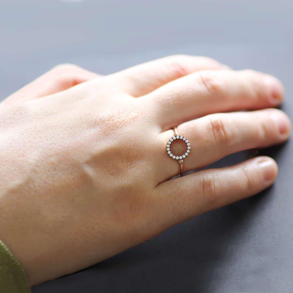 Zirkon Taşlı Oval Tasarım Rose 925 Ayar Gümüş Bayan Yüzük