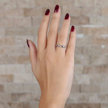 Zirkon Taşlı Sıralı Arpa Tasarım 925 Ayar Gümüş Bayan Yüzük - Thumbnail