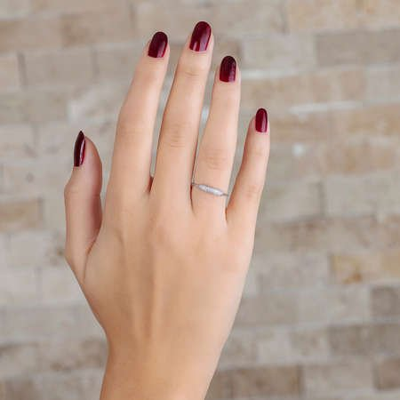 Zirkon Taşlı Tüp Tasarım 925 Ayar Gümüş Bayan Yüzük - Thumbnail