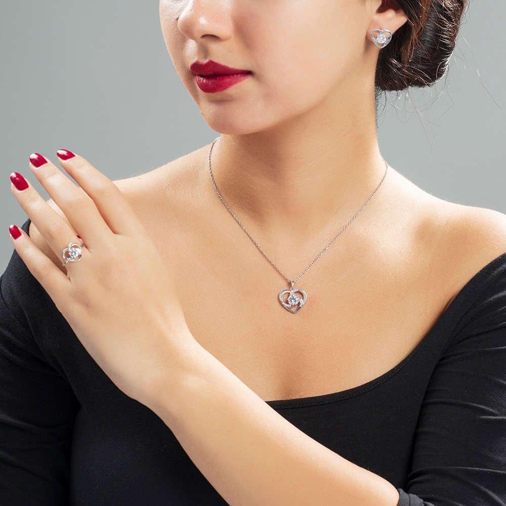 Zirkon Tektaşlı Kalp Tasarım 925 Ayar Gümüş 3'lü Takı Seti