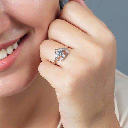 Zirkon Tektaşlı Kalp Tasarım 925 Ayar Gümüş Bayan Yüzük - Thumbnail